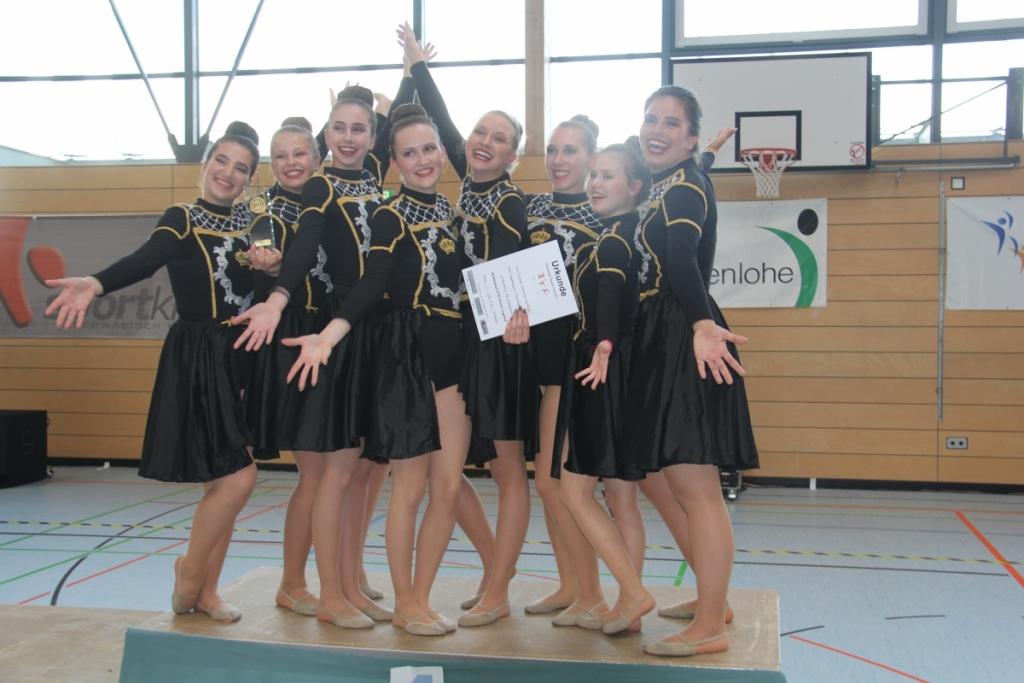 DANCER SPOTLIGHT Gruppenbild
