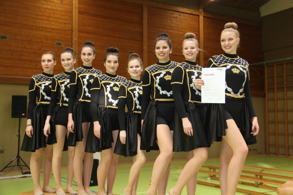 Dancers Spotligt auf dem zweiten Platz